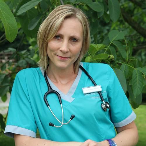 Tierärztin Dr. Annika Hoffschulte
