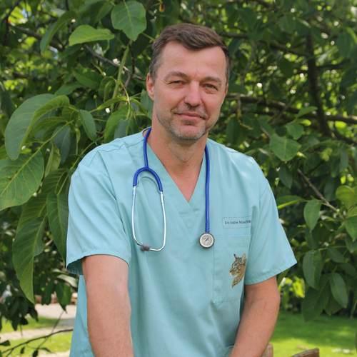 Tierarzt Dr. Andre Mischke